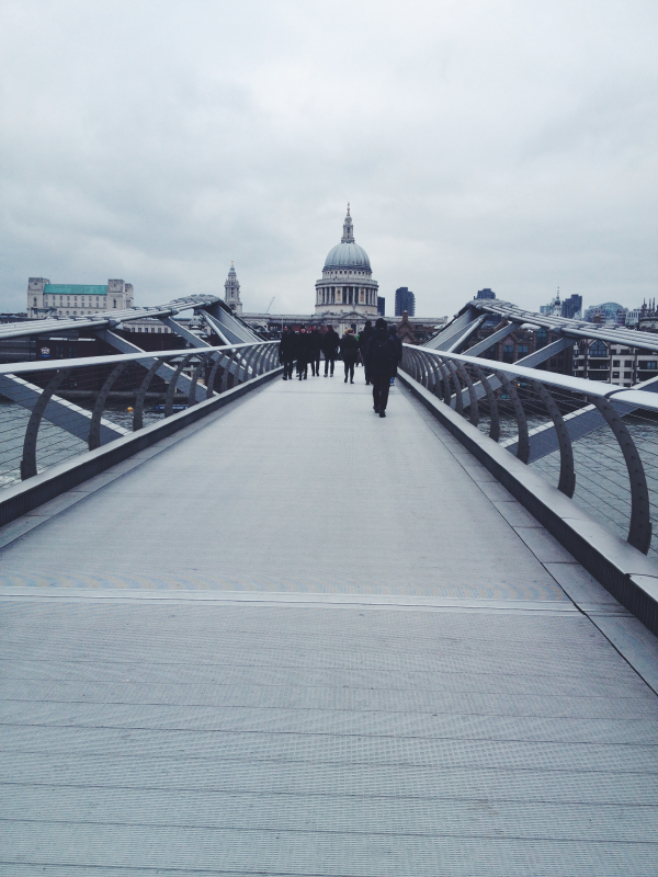The Millenium bridge.